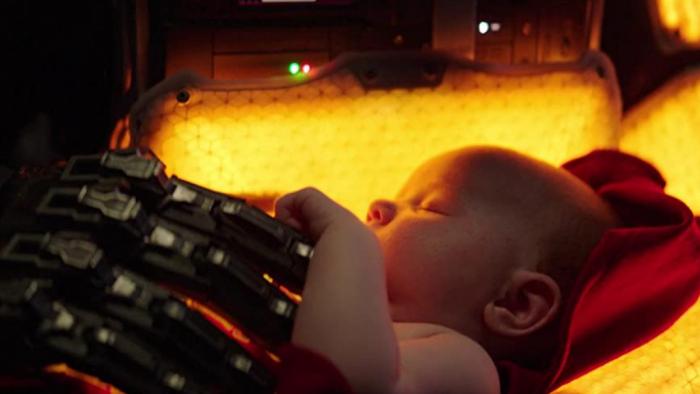 """""""I am Mother"""" zeigt eine KI in der Mutterrolle"""