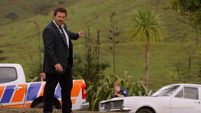 "Mord + Kleinstadt-Ironie = ""Brokenwood"" (Staffel 1)"